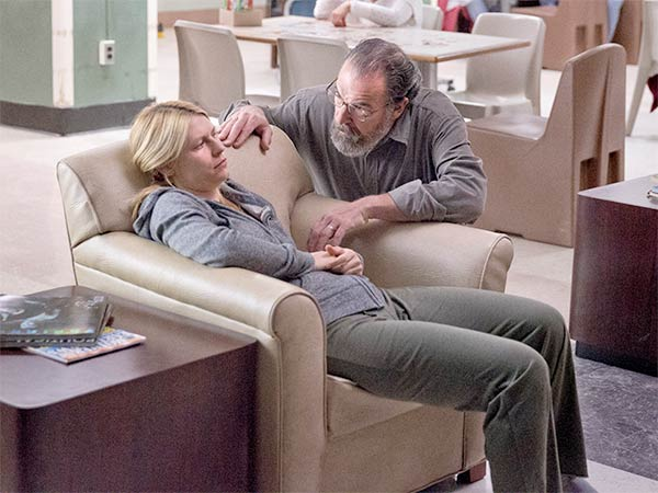 homeland-302-saul-carrie