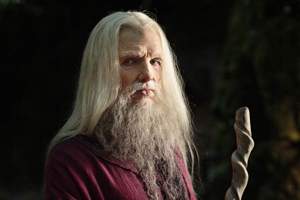 merlin-series-5-finale-part-2-diamond-of-the-day-(2)
