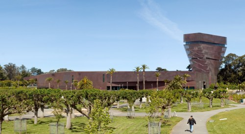 A picture taken from the outside of the de Young Museum in San Francisco.