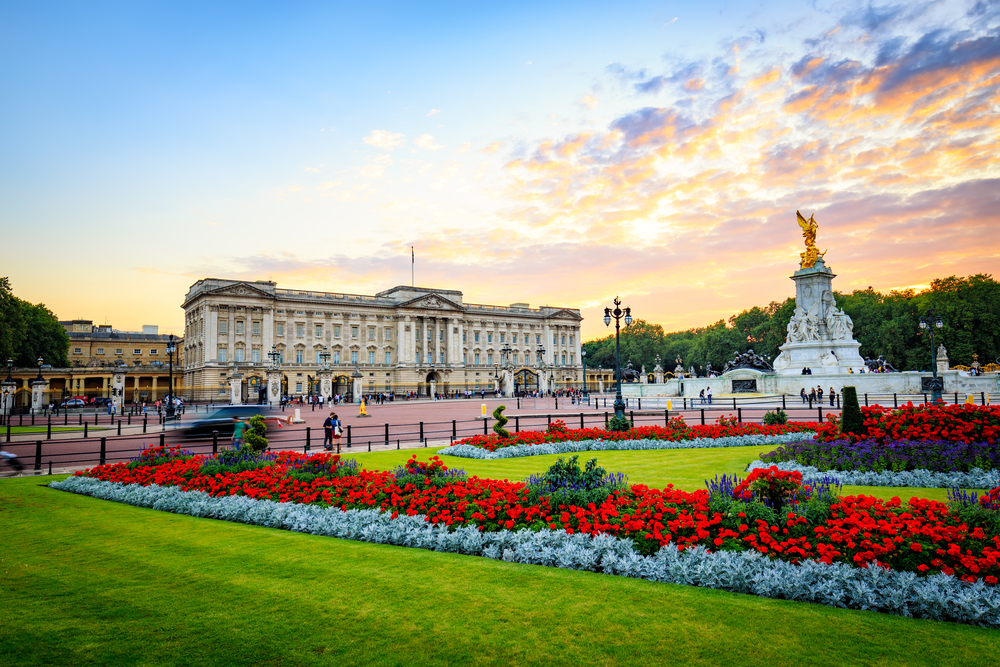 """Masterpieces from Buckingham Palace"" Exhibition Begins Dec. 4"