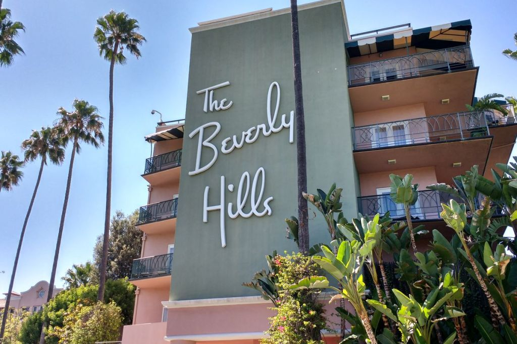 The Beverly Hills Hotel sign
