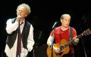 Art Garfunkel (esq.) e Paul Simon: brilhantes, mas separados por incompatibilidades.