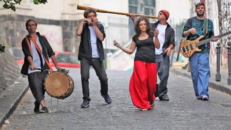 """Gay Village presenta """"I Percussonici"""" in concerto, il 14 agosto"""