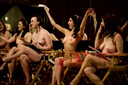 Roma, Naked Girls Reading: si legge nudi al Teatro Centrale