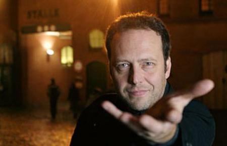 Festival della Poesia di Genova, intervista esclusiva al direttore Claudio Pozzani