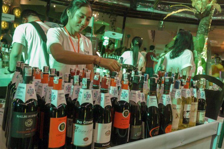 Mengenal dan Menikmati Wine di Seminyak Wine Carnival 2019
