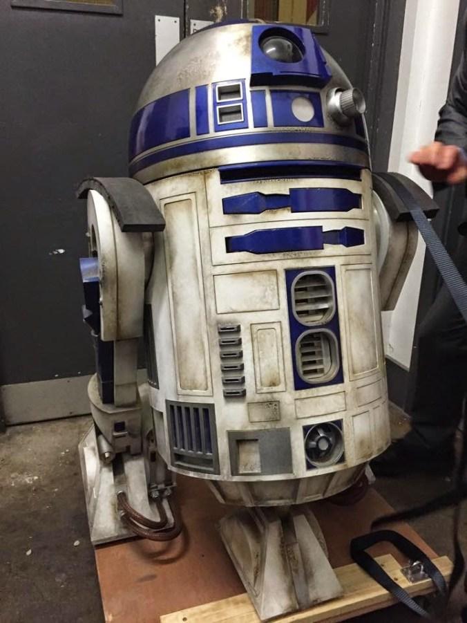 Star-Wars-7-R2-D2-cultura-geek3