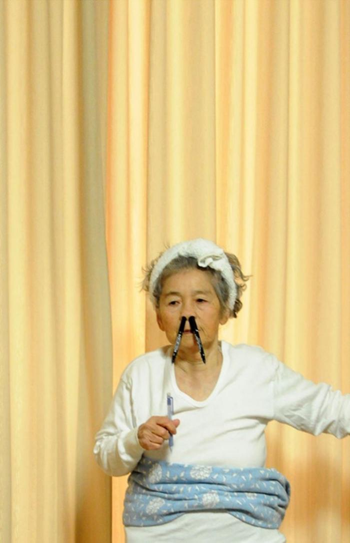 Kimiko Nishimoto divertidos autorretratos 12