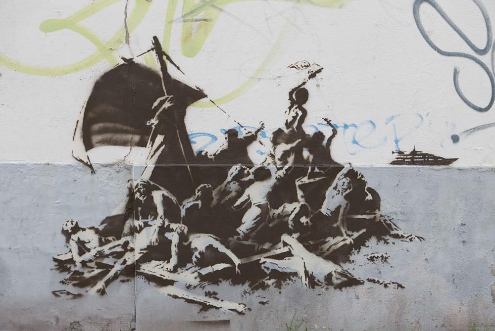 Banksy Syria  migrant steve jobs5