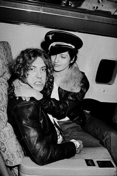 Led Zeppelin private jet3