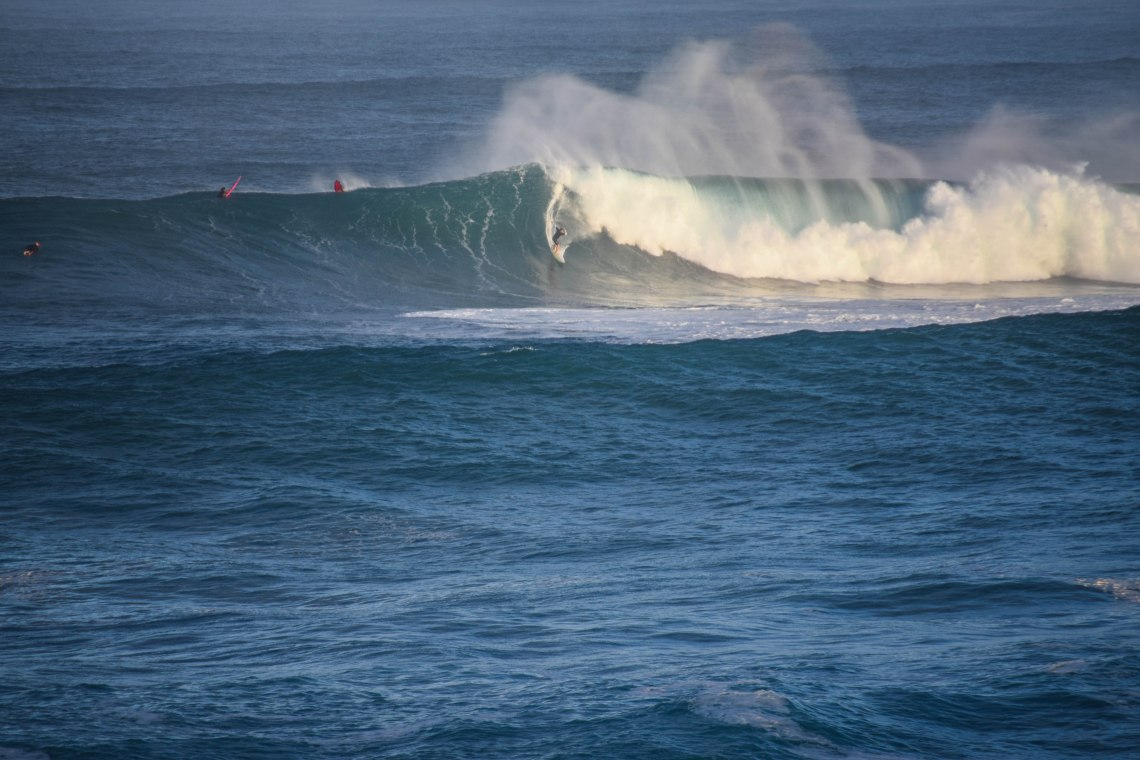 Waimea Bay Big Wave Surf