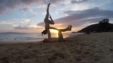 Sunset acroyoga at Makena Beach, Maui, Hawaii: August 2018
