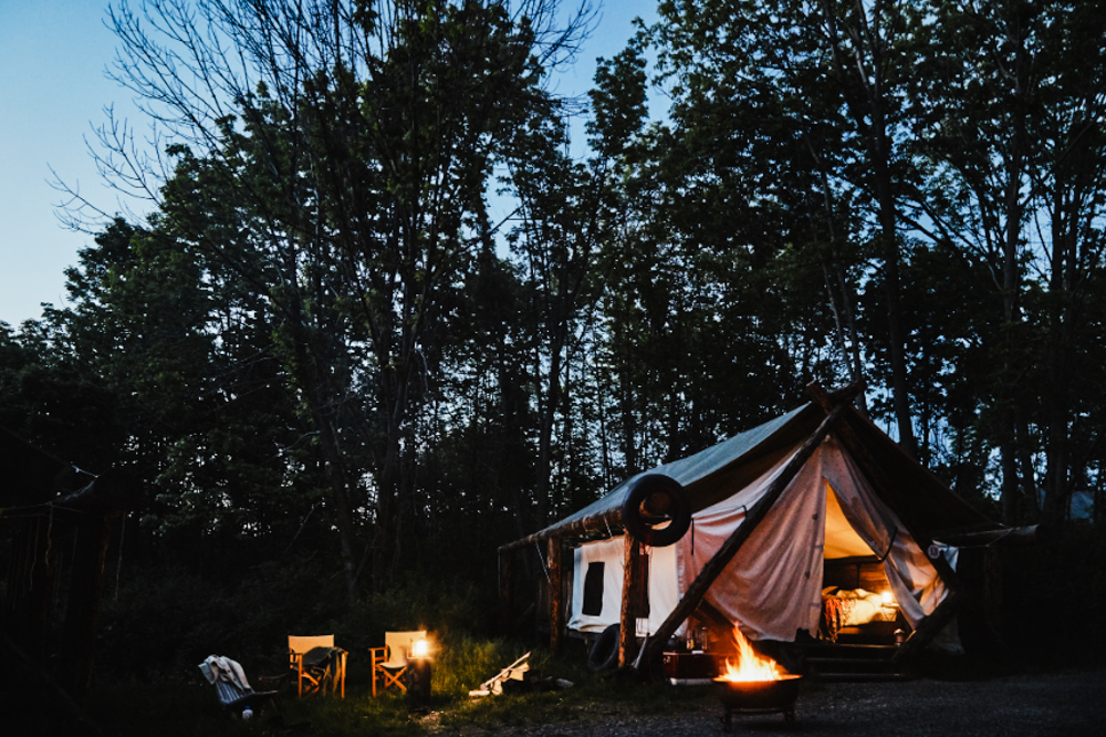 CulturallyOurs Luxury And Unique Glamping In The US - Firelight Camps New York