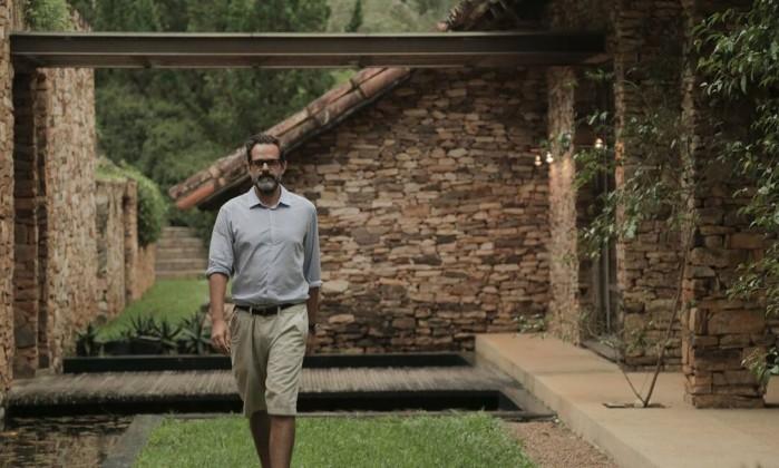 O diretor Alberto Renault em uma das casas visitadas. Uma das fazendas do apresentadas no primeiro episódio. Foto: Divulgação/Globosat