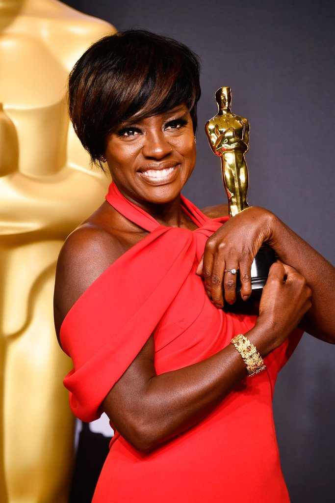 Viola Davis vencedora na categoria Melhor Atriz Coadjuvante por Fences. Foto: AFP/Getty Images.