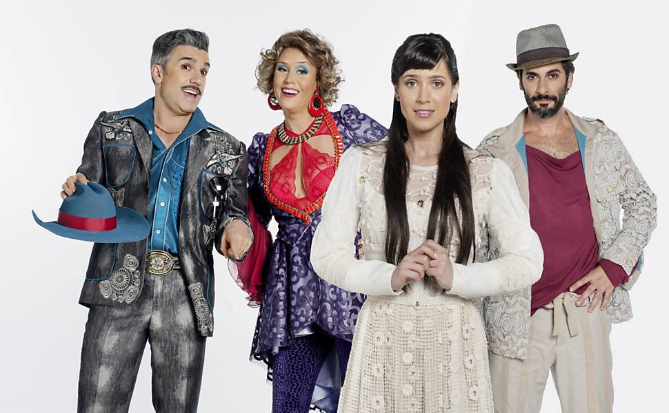 """Jarbas Homem de Mello, Lívia Camargo, Flávio Tolezani e Mel Lisboa estão no elenco do """"Roque Santeiro, o Musical"""". Foto: Divulgação."""