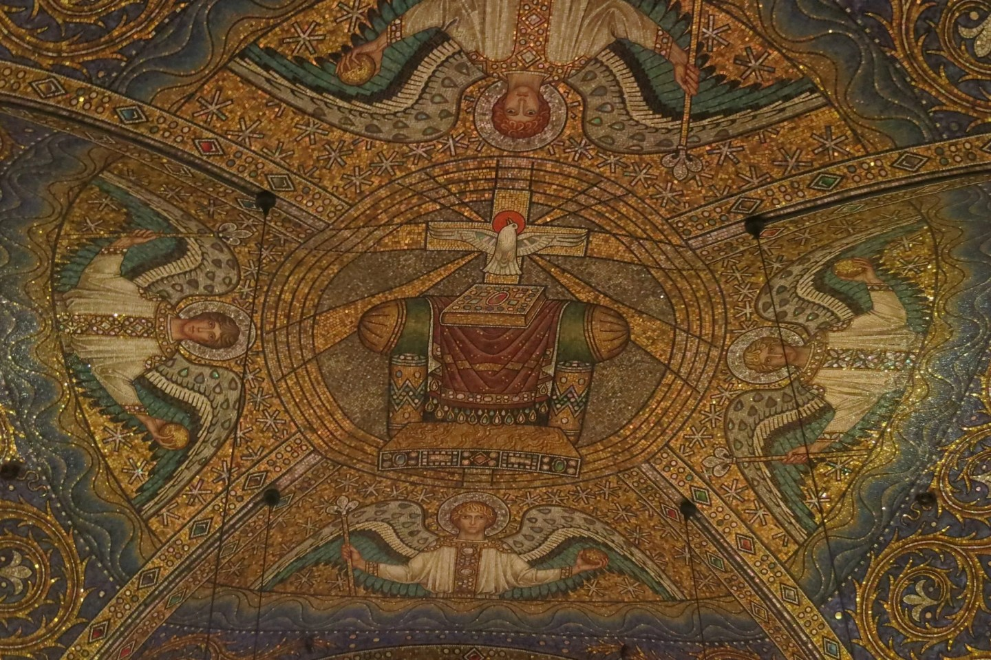 Aachen Cathedral mosaic