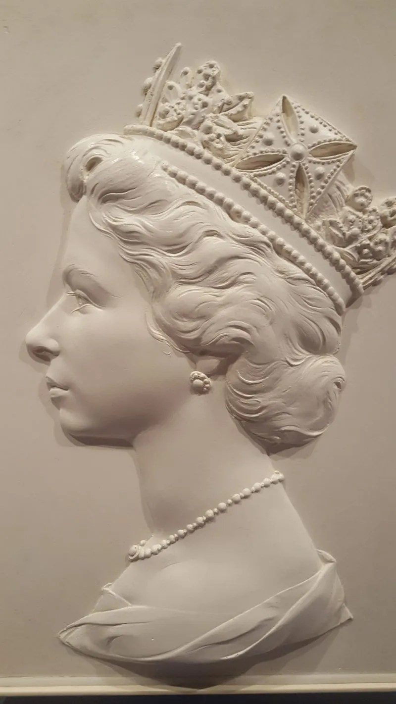 Machin series Bust of Queen for stamps