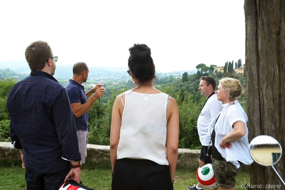 Tuscany Vespa Tour Guide