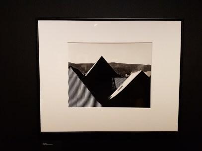 Bjørn Winsnes, Tak, 1963. (lånt fra Preus Museum). Foto fra utstillingen: Siri Wolland.