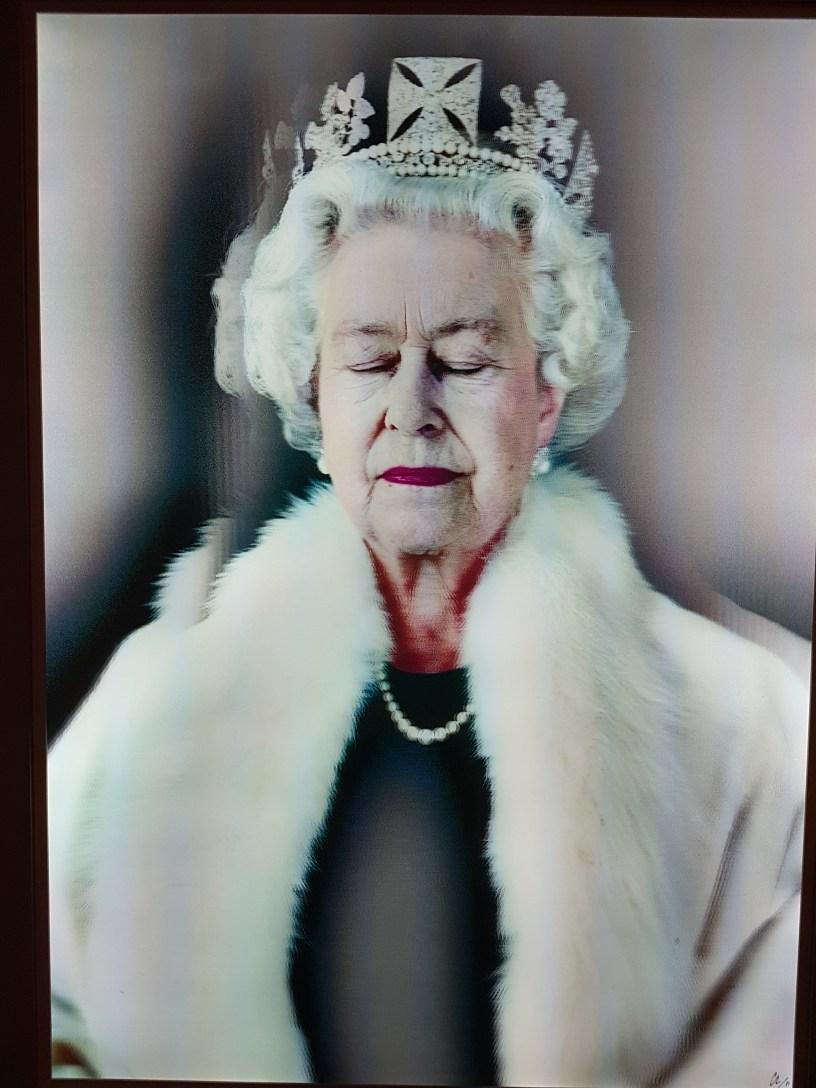 Chris Levine (f.1972), HM Queen Elizabeth II. Foto fra utstillingen: Siri Wolland