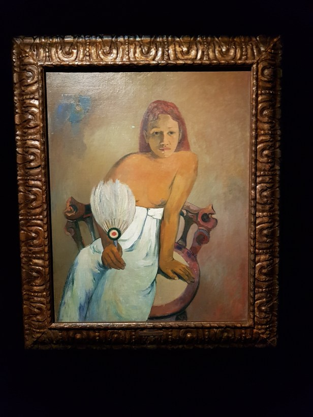 Paul Gauguin, Ung jente med vifte, 1902. Olje på lerret. Foto fra utstillingen: Siri Wolland