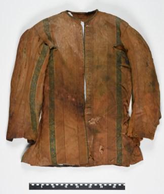 Jakke funnet under utgravninger i Smmerenburg i 1980. Foto Svalbard museum