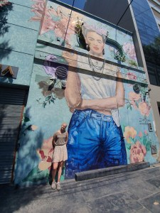 Gatebildene forteller historien. Buenos Aires. Foto Siri Wolland.