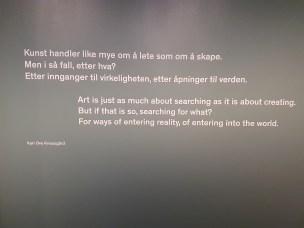 Sitat fra Knausgård, på veggen i avdelingen Lys og landskap. Foto fra utstillingen: Siri Wolland
