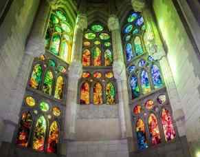 sagrada-familia-cathedral-1147942_960_720