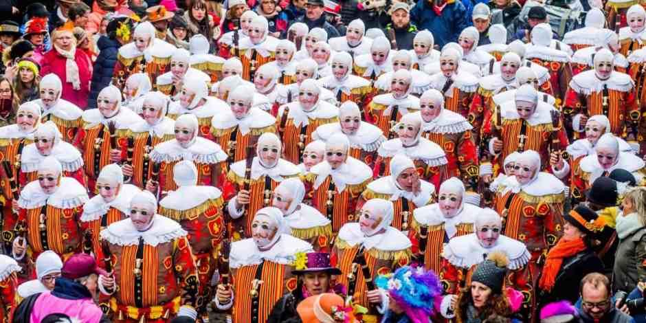 visit-mons-charleroi-carnaval-binches-patrimoine-mondial-unesco.jpg