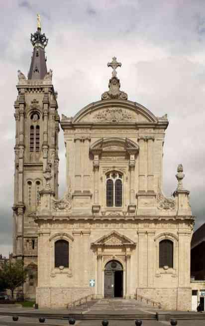 800px-Cambrai,_Cathédrale_Notre-Dame_de_Grâce_PM_63406