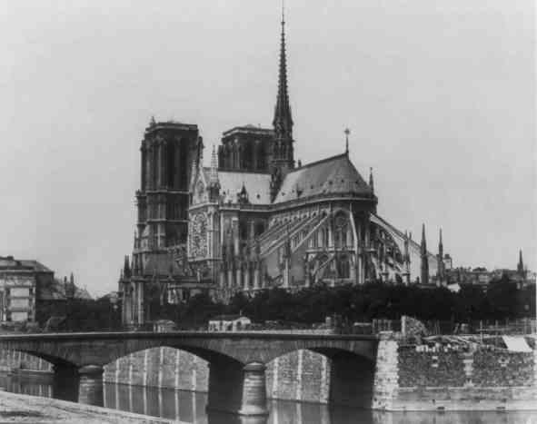 Édouard_Baldus,_Notre-Dame_de_Paris,_between_1851_and_1870