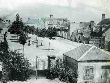 epineuil_place_village