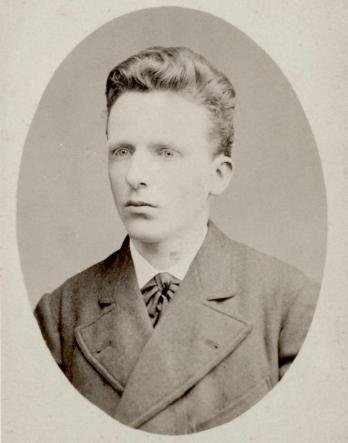 Theo_van_Gogh_May_1878-cropped