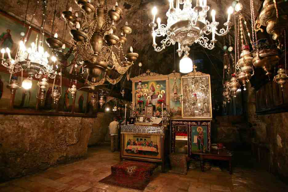 Tomb_of_the_Virgin_Mary._Altar