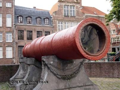 Red cannon, Ghent, Belgium