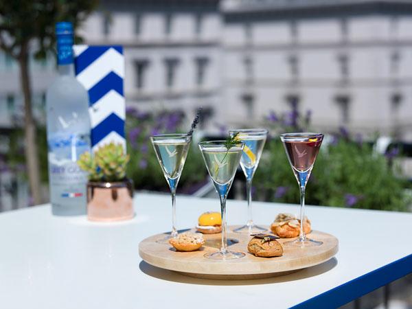Summer martini flight, Boulangerie François Terrasse