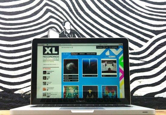 XL laptop