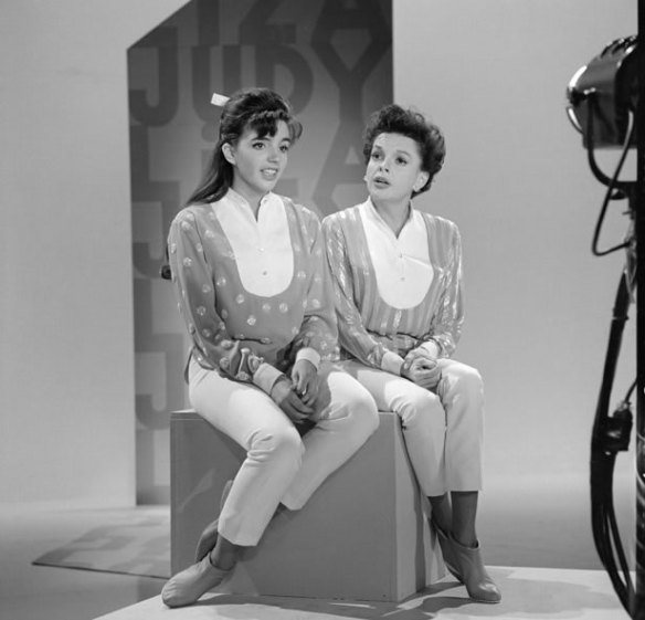Liza Minelli and her mother, Judy Garland