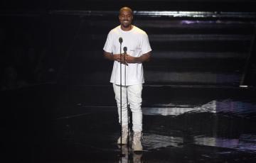 Kanye at the 2016 MTV VMAs