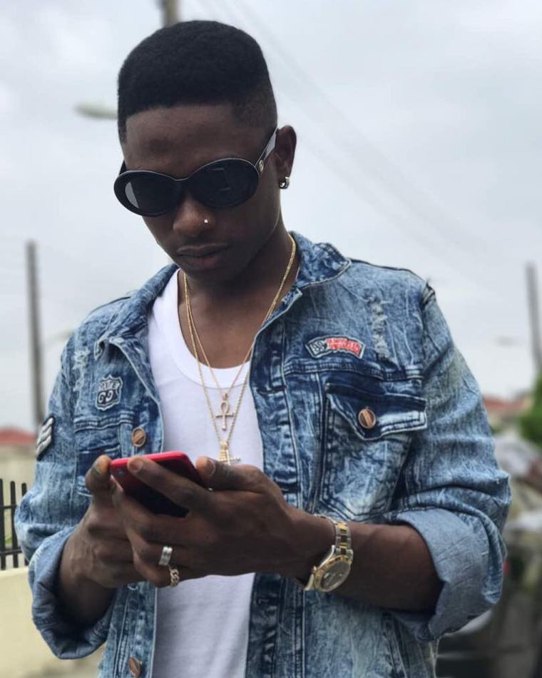 Lil Kesh Shows Why Less Is More in 'Baby Favor' Video