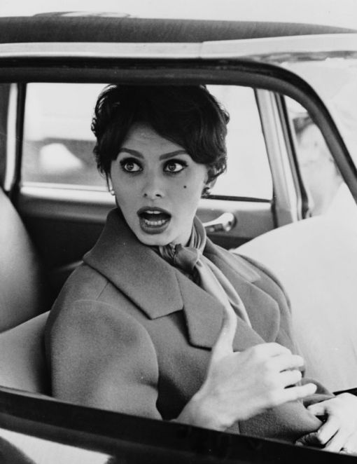 sophia loren in the car