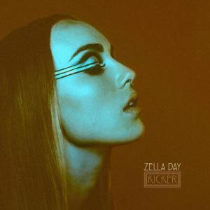 Zella Day kicker