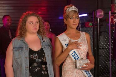 The main characters from Dumplin'