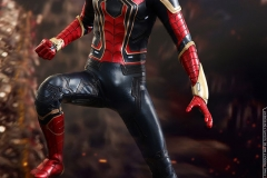 marvel-avengers-infinity-war-iron-spider-sixth-scale-hot-toys-903471-08