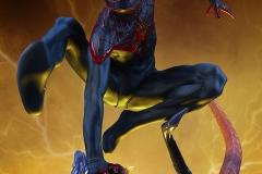 marvel-spider-man-miles-morales-premium-format-figure-sideshow-300554-03