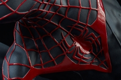 marvel-spider-man-miles-morales-premium-format-figure-sideshow-300554-15