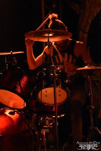 stonewitch - horns up @scène michelet4