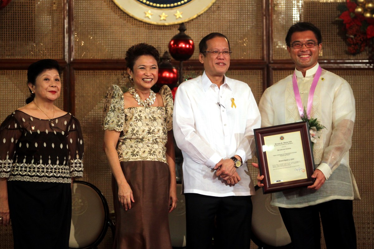 TCG Press Release: American Theatre's Randy Gener Receives Pamana ng Pilipino Presidential Award